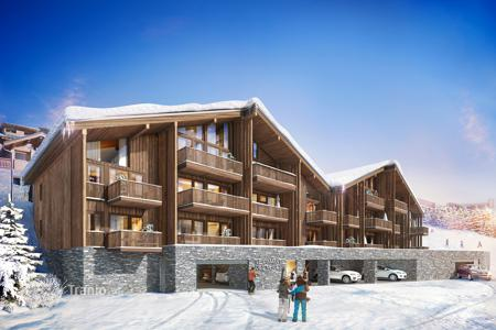 Cheap 4 bedroom apartments for sale in Alps. Apartment – Savoie, France