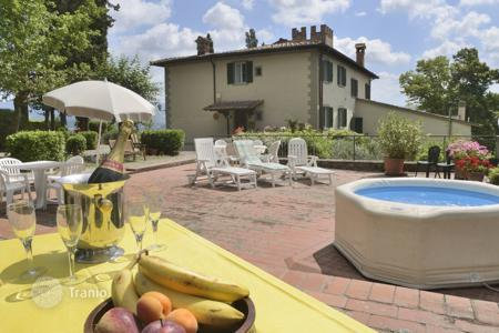 Villas and houses to rent in Borgo San Lorenzo. Villa – Borgo San Lorenzo, Tuscany, Italy