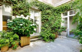 4 bedroom apartments for sale in Ile-de-France. Paris 7th District – A superb apartment. Rue Barbet de Jouy
