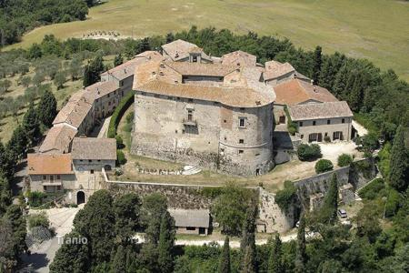 Luxury houses with pools for sale in Umbria. Castle – Todi, Perugia, Umbria,  Italy