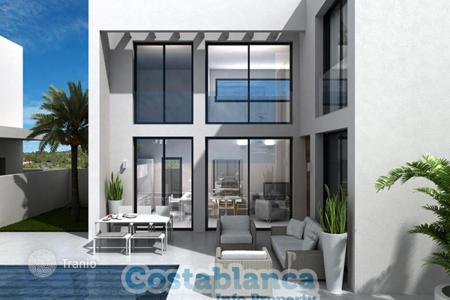Coastal houses for sale in Guardamar del Segura. Chalet – Guardamar del Segura, Valencia, Spain
