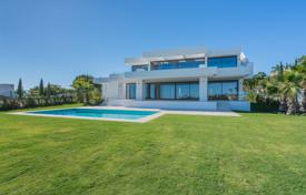 Three-storey new villa with a pool, Benahavis, Andalusia, Spain for 2,500,000 €