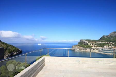Property for sale in Port de Sóller. Stunning villa with panoramic views of the sea on the island of Mallorca in Port de Sóller