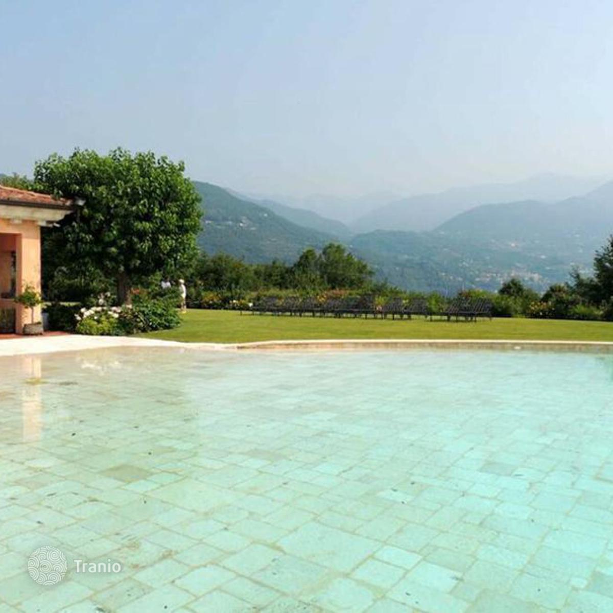San Felice del Benaco Italy  city photos : Listing #1400022 in San Felice del Benaco, Lombardy, Italy — Villa ...