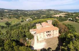 Residential for sale in Marche. Storic residence in Marche