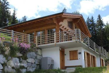 Luxury 5 bedroom houses for sale in Central Europe. Villa – Riddes, Valais, Switzerland
