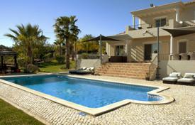 4 bedroom houses for sale in Faro. Villa – Loule, Faro, Portugal