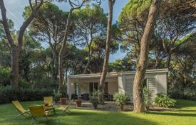 5 bedroom villas and houses to rent in Tuscany. Villa – Roccamare, Tuscany, Italy