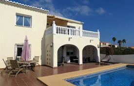 Coastal residential for sale in Cumbre. Villa of 4 bedrooms in Benitachell