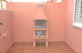 Cheap 3 bedroom apartments for sale in Canary Islands. Duplex in Aguimes