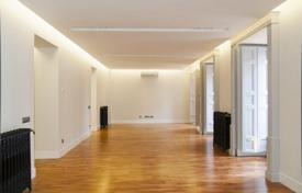 Residential for sale in Madrid. Stunning design apartment near Plaza Mayor