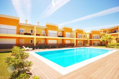 Property for sale in Faro. Recently built lovely flat in Albufeira