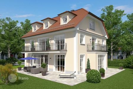 3 bedroom houses for sale in Europe. Villa – Munich, Bavaria, Germany