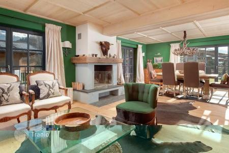 Luxury residential for sale in Austria. Charming chalet ina quiet distric in Kitzbuhel