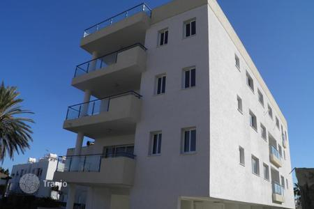 Residential for sale in Agios Dometios. Whole Building in Agios Dometios