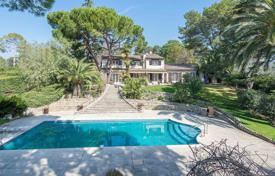 6 bedroom houses for sale in Muan-Sarthe. Close to Mougins- Traditional provencal villa