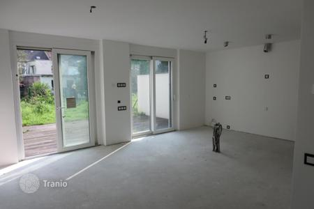Apartments with pools for sale in Austria. Apartment – Vienna, Austria