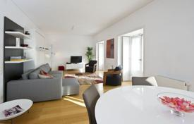 Spacious and bright apartment, Lisbon, Portugal for 1,072,000 $