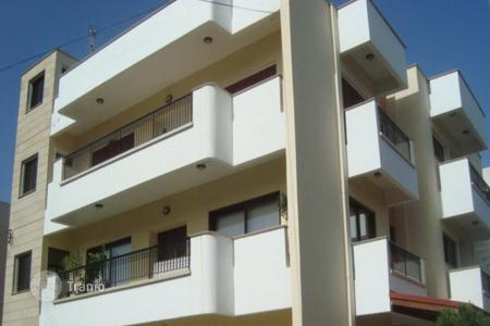 Residential for sale in Agios Dometios. Three bedroom Top floor apartment minutes from Mall of Engomi
