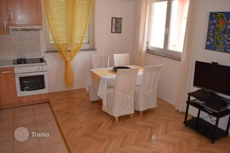 Apartments for sale in Premantura. Apartment APARTMENT ON 1. FLOOR, 700M FROM THE SEA