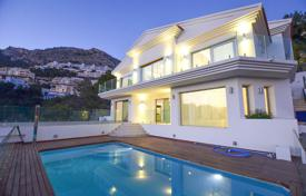Luxury villas and houses with pools for sale in Costa Blanca. Luxury three-level villa with panoramic sea views in Altea, Alicante, Spain