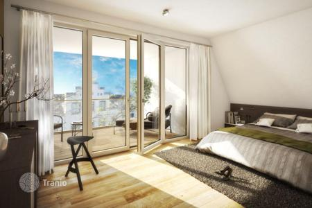 4 bedroom apartments for sale in Germany. New home – Dusseldorf, North Rhine-Westphalia, Germany