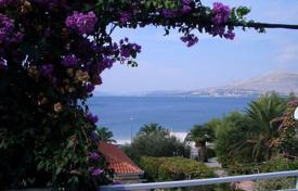 3 bedroom houses by the sea for sale in Croatia. The house 30 meters from the sea on the island of Ciovo