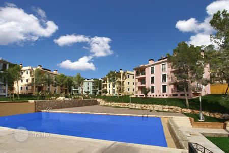 Apartments with pools for sale in Camp de Mar. Apartment - Camp de Mar, Balearic Islands, Spain