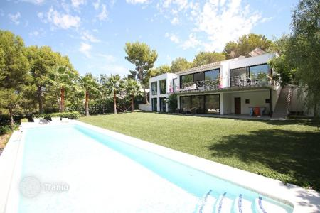 Luxury 3 bedroom houses for sale in Balearic Islands. Villa - Costa de la Calma, Balearic Islands, Spain
