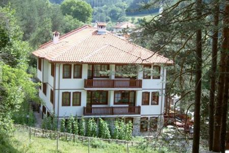 Hotels for sale in Bulgaria. Hotel – Momchilovtsi, Smolyan, Bulgaria
