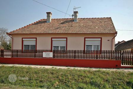 2 bedroom houses for sale in Zala. Renovated Family Home near to the famous Thermal Bath