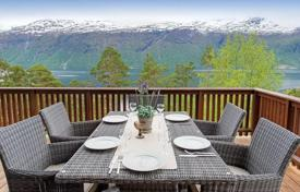 Property for sale in Norway. Modern house with large plot of land and a beautiful view of the sea