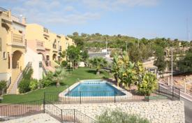 Cheap townhouses for sale in Spain. Key Ready bungalow property in Las Ramblas Golf
