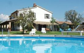 Two-level villa with a swimming pool in Campagnatico, Tuscany, Italy for 750,000 €