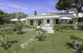 Ramatuelle — Villa close to Pampelonne beaches. Price on request
