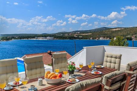 Coastal residential for sale in Sibenik-Knin. Newly built luxury villa Rogoznica