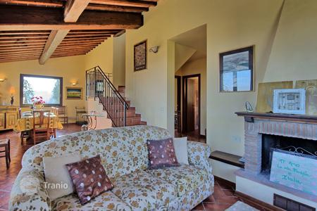 6 bedroom villas and houses to rent in Lucignano. Villa – Lucignano, Tuscany, Italy