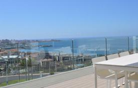 Apartments with pools for sale in La Caleta. Spacious and modern penthouse with stunning panoramic views of the ocean and mountains