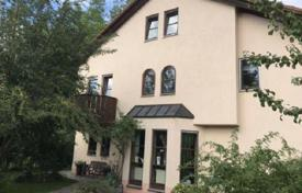 House with a large garden and a garage in Ottobrunn, a suburb of Munich, Bavaria, Germany for 1,299,000 €