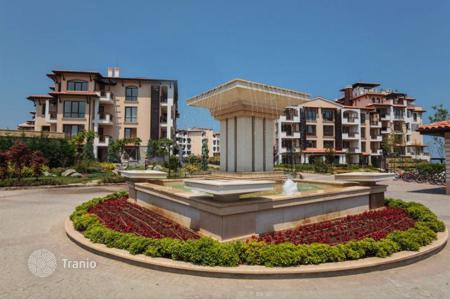 Apartments with pools by the sea for sale in Burgas. Apartment - Tsarevo, Burgas, Bulgaria