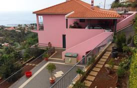 Property for sale in Madeira. Beautiful house in Funchal for sale