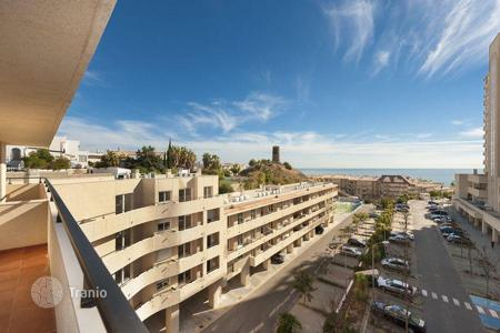 Cheap apartments with pools for sale in Benalmadena. Apartment - Benalmadena, Andalusia, Spain