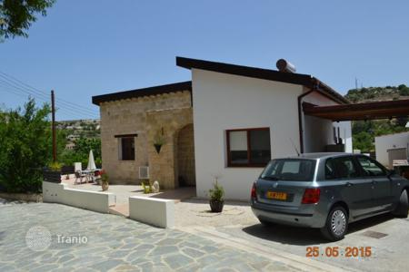 Chalets for sale in Paphos. Private 2 Bedroom Bungalow with Title Deeds close to Golf Course — Letymbou