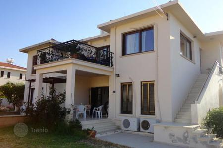Coastal apartments for sale in Northern Cyprus. Apartment – Çatalköy, Kyrenia, Cyprus