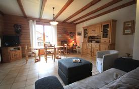 3 bedroom apartments for sale in Auvergne-Rhône-Alpes. Large three-bedroom apartment in the center of Montriond, France