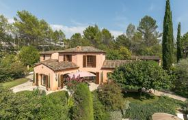 5 bedroom houses for sale in Peymeinade. Cannes backcountry — Remarquable calme property