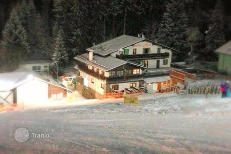 Commercial property for sale in Austria. Hotel with restaurant at the lift in the popular ski resort in Austrian Alps