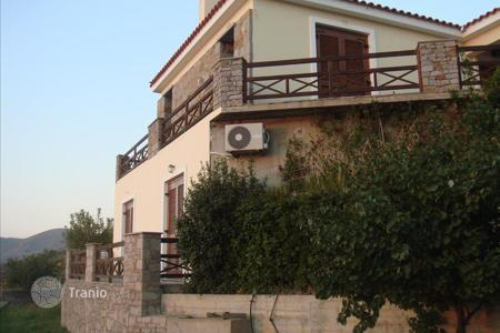 3 bedroom houses by the sea for sale in Administration of the Peloponnese, Western Greece and the Ionian Islands. Villa - Administration of the Peloponnese, Western Greece and the Ionian Islands, Greece