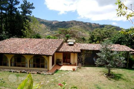 Houses for sale in Costa Rica. A completely renovated home and guest house with lots of land, Santa Ana, Costa Rica