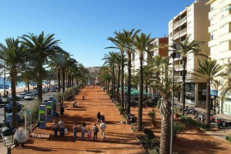 Investment projects for sale in Catalonia. Commercial space on the Costa Brava